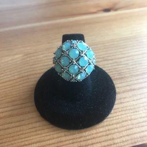 Jewelry - Fun Ring with Iridescent Aqua stones.